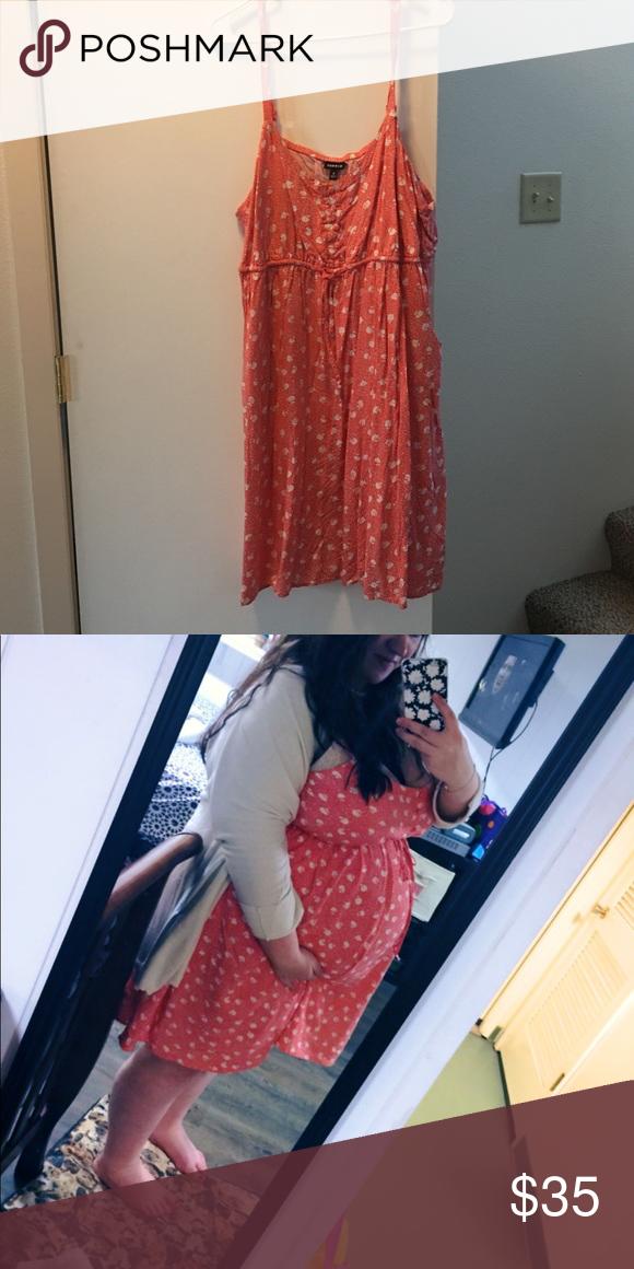 White string pregnant on boobs