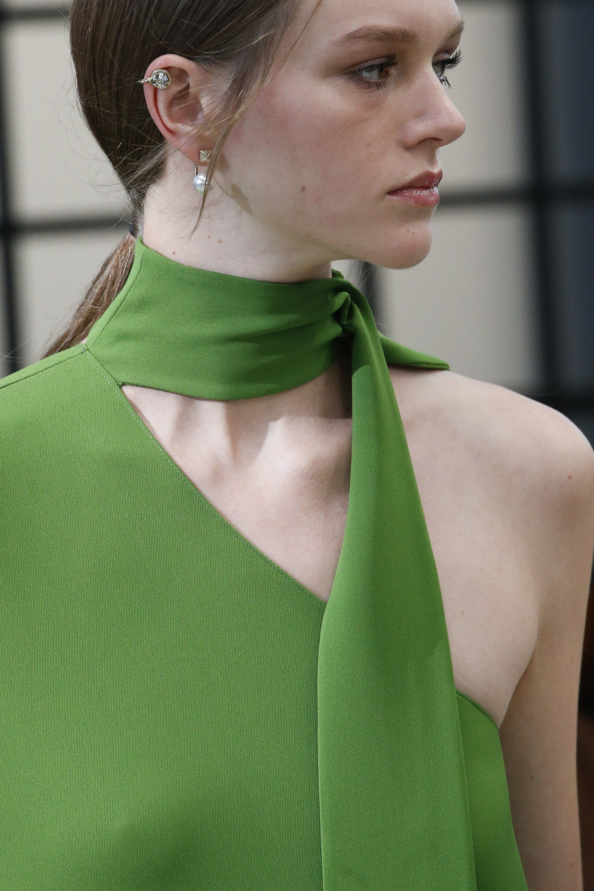 Valentino Fall 2018 Ready To Wear Collection Vogue Fashion Stylish Tops For Women Fashion Tops Blouse