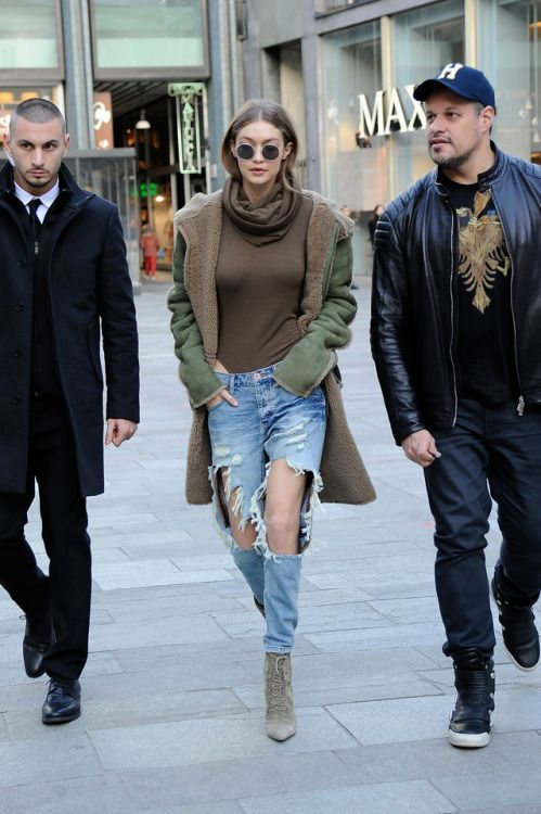 gigihadidaily: December 22, 2015 | Fashion, Matching