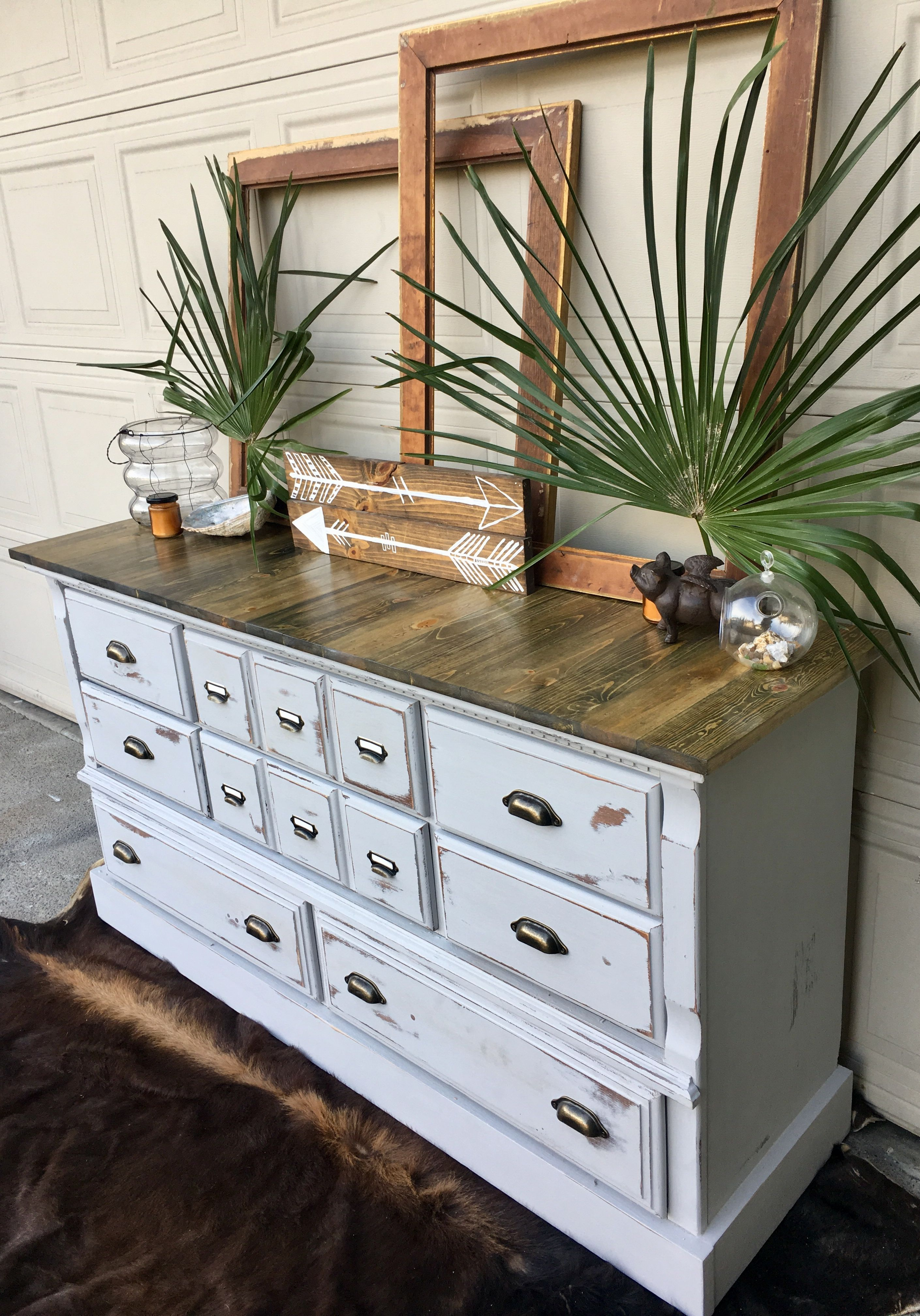 Rustic Farmhouse Buffet Dresser Painted In Rustoleum Chalked Paint In Country Grey New Pine Board Rustoleum Chalk Paint Farmhouse Buffet Rustoleum Chalked