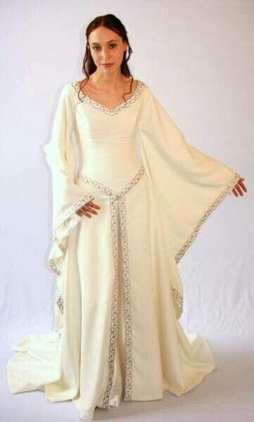 novia medieval con mangas de mariposa | rocio | pinterest