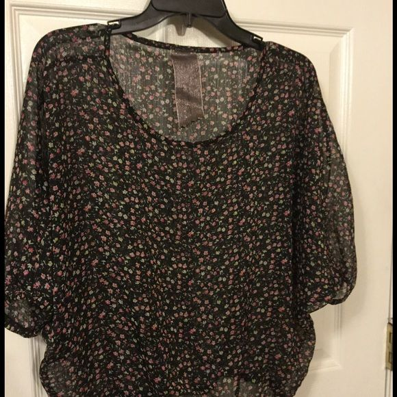 "Moon collection Polyester Large blouse Measures blouse..bust 62"" ..22"" length..11"" sleeve..EUC Moon Collection Tops Blouses"