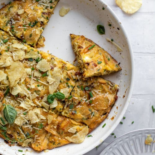 Potato Chip Frittata Potato Chip Herb And Caramelized Onion Frittata Recipe In 2020 Kettle Cooked Chips Potato Chips Onion Frittata