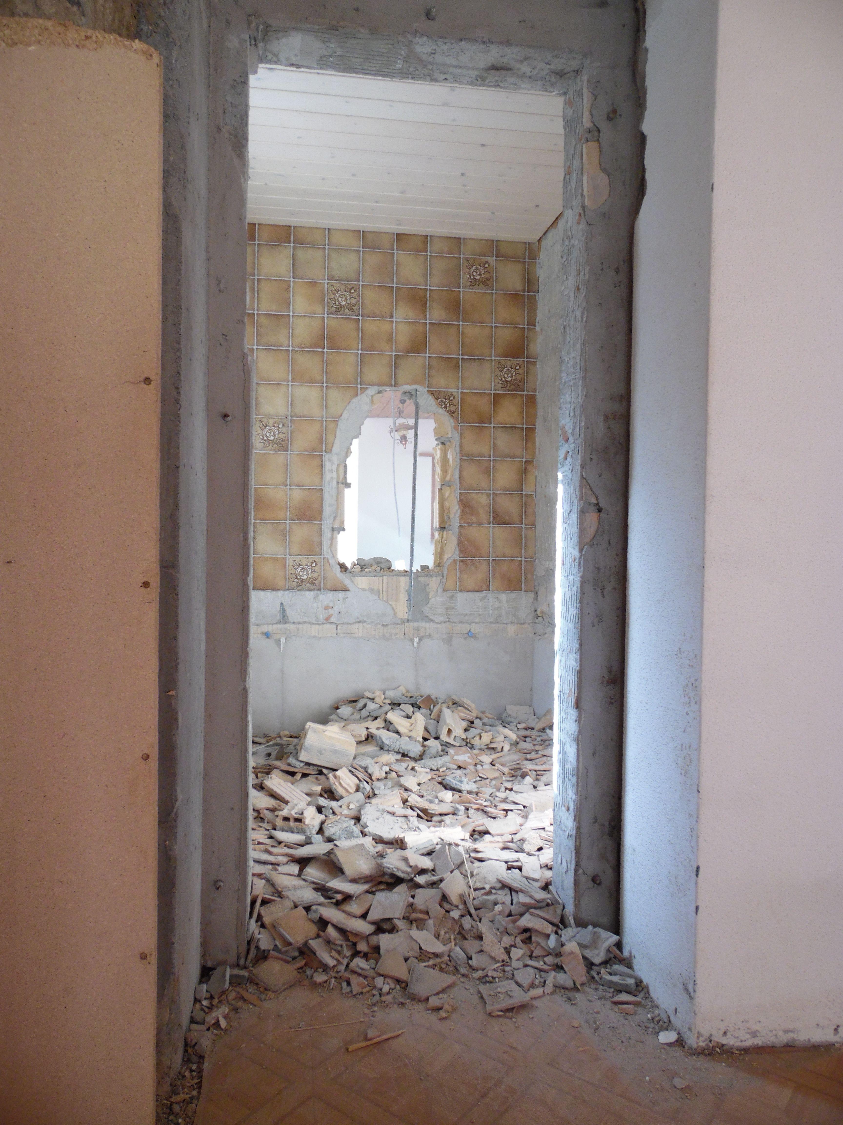 Verschiedene Durchbruch Wand Sammlung Von April 2015 - Nach Rund Einer Stunde