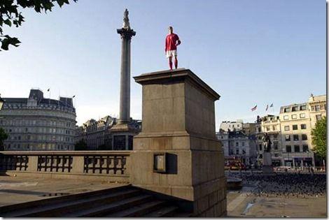Madame Tussauds, David Beckham - Le quatrième socle à Trafalgar Square