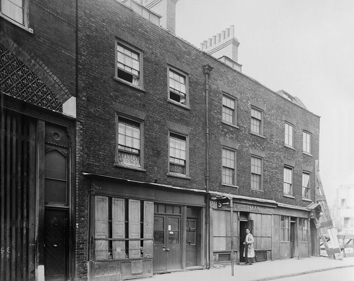 Name:  Cable Street 30 July 1943cb.jpg Views: 2858 Size:  87.8 KB