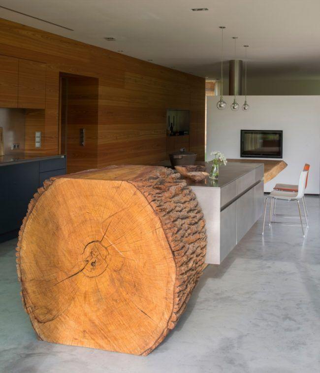 Schön Designer Küche Mit Massivem Baumstamm Und Beton