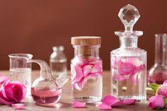 Esans Yağları Kullanarak Yapabileceğiniz Mis Kokulu 6 Ev Yapımı Parfüm