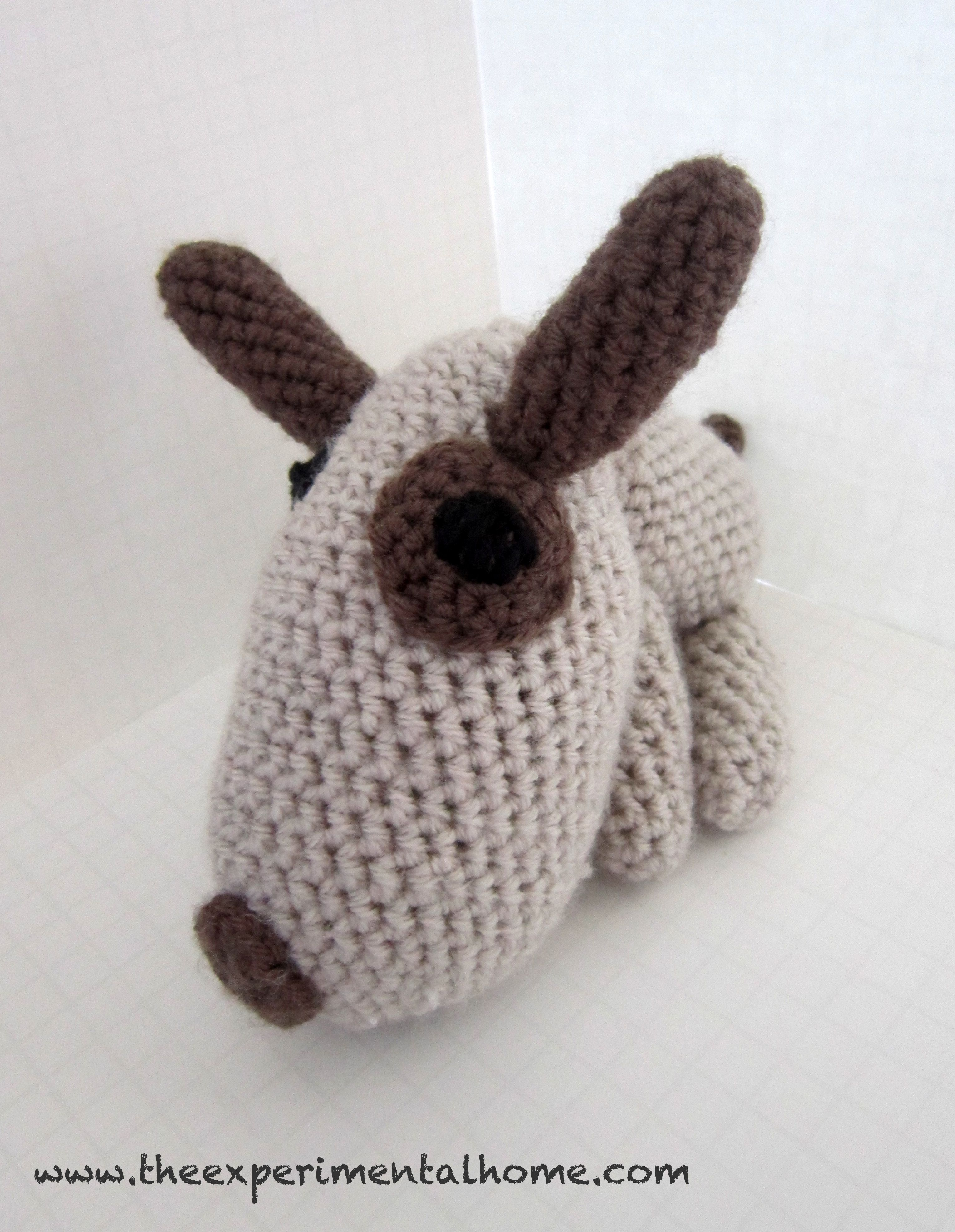 Crocheted dog | Source: The Experimental Home, pattern source: Amigurumi World: Seriously Cute Crochet (book) | #crochet #craft #toys