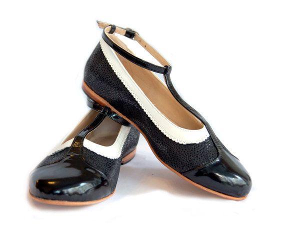 Flat leather shoes on Etsy 91f0efa90ec4