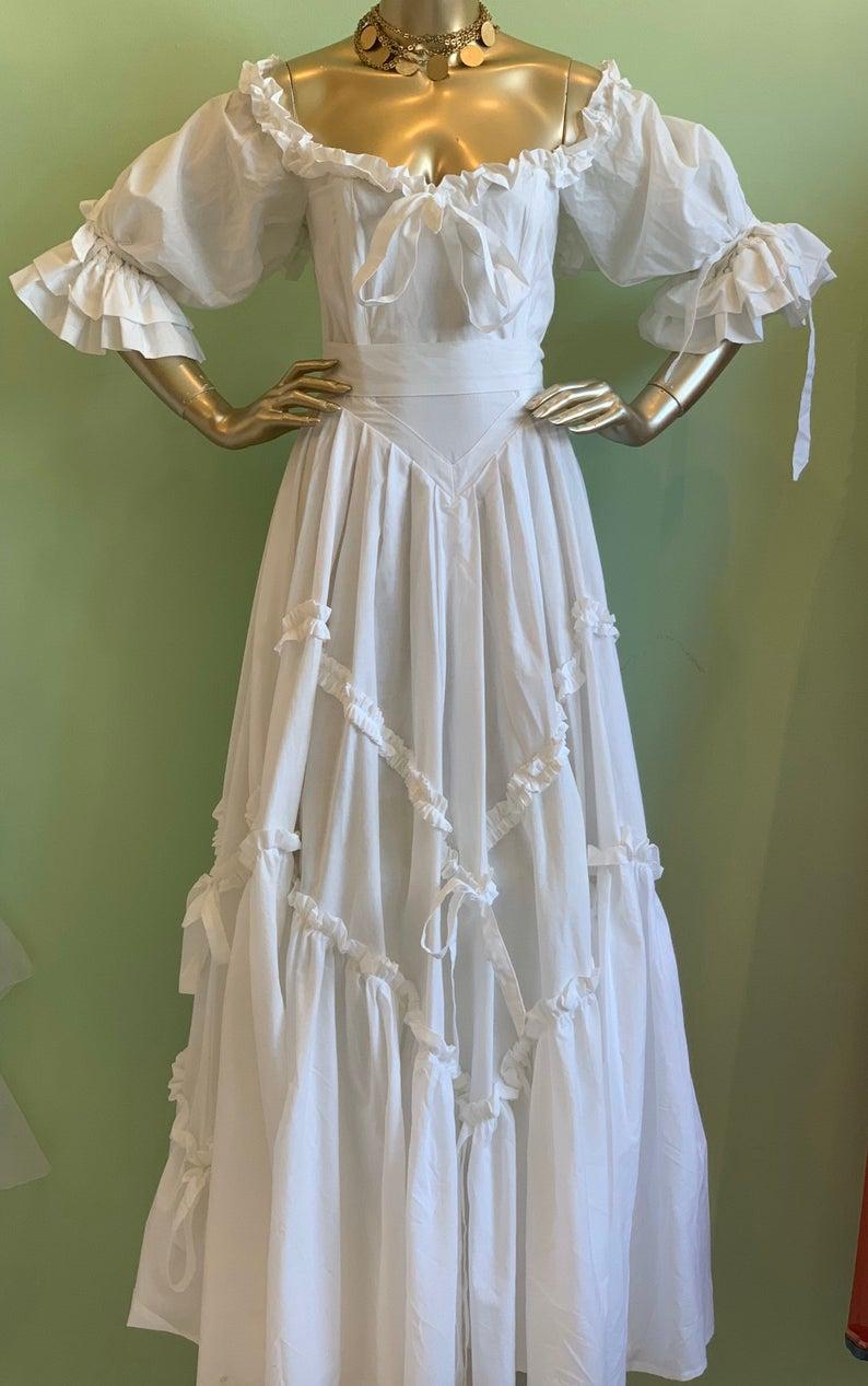 Laura Ashley Bo Peep Dress In 2021 Old Fashion Dresses Historical Dresses Fairytale Dress [ 1267 x 794 Pixel ]