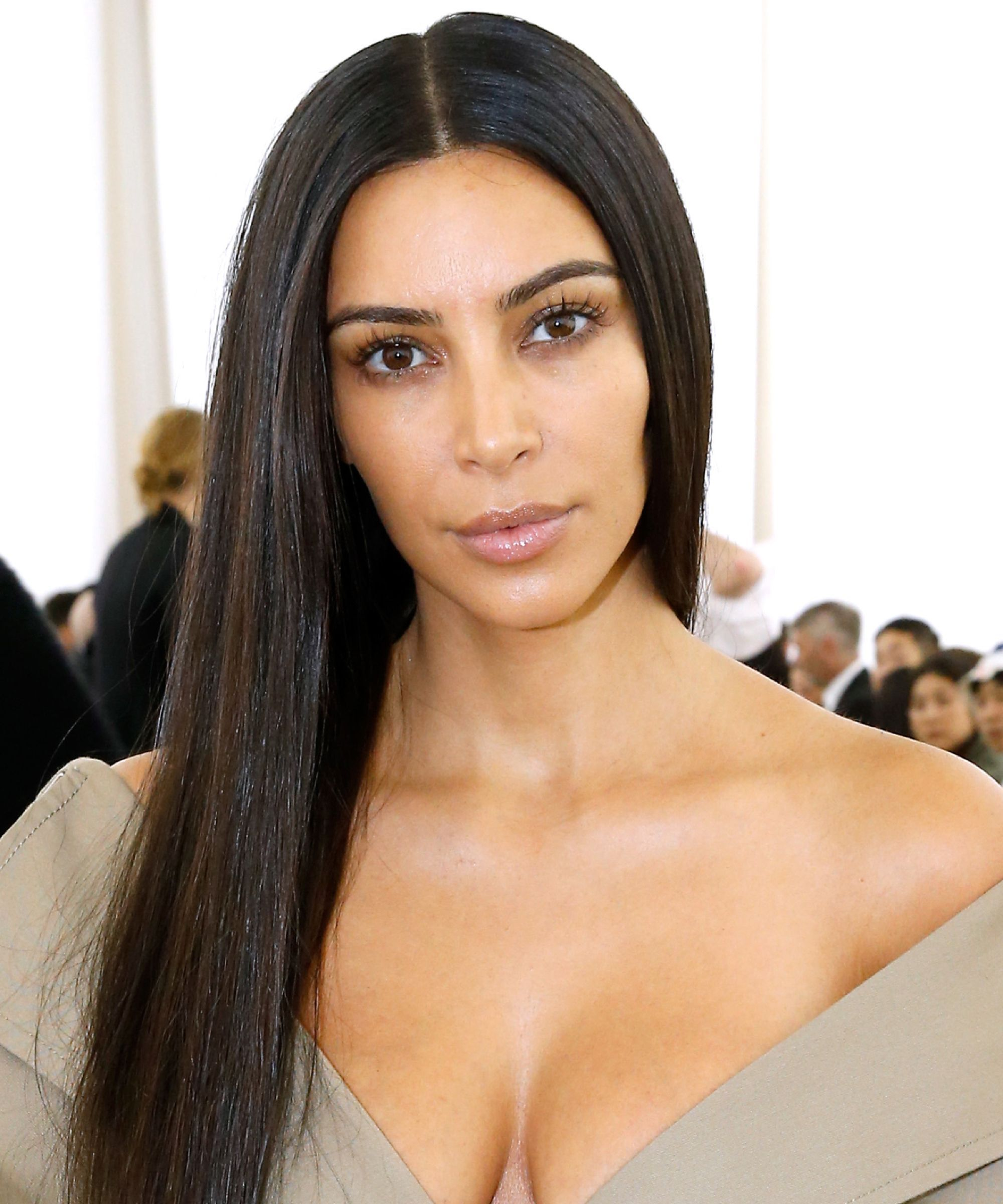 Kim Kardashian Goes Makeup Free for the Cover of Vogue