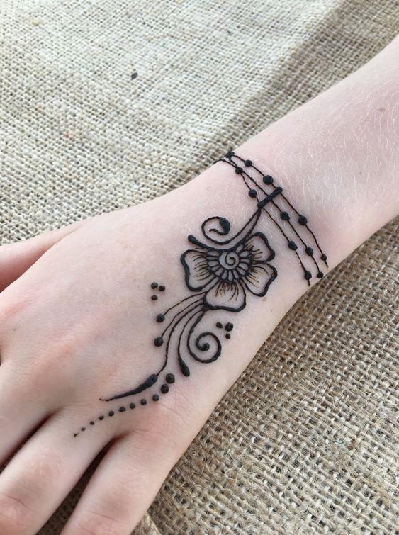Simple And Unique Mehndi Design Henna Tattoo Designs Simple Henna Tattoo Designs Unique Mehndi Designs