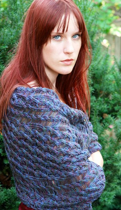 Jeanie by Keri Williams  Georgious shawl! I'm not sure I'm brave enough.  Free pattern