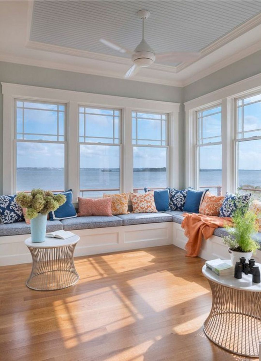 19 Beachy Interior Design Ideas Beach House Interior Window Seat Design Sunroom Designs