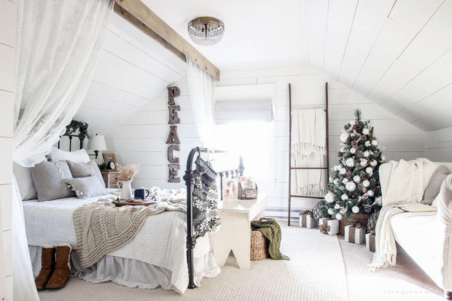 Sypialnia W świątecznej Odsłonie Boazeria Sypialnia Dom