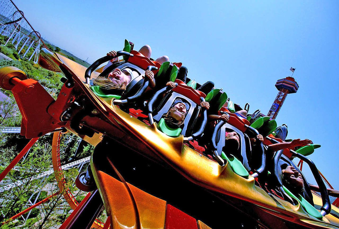 Six Flags Magic Mountain Los Angeles E Ticket 14 Discount Touristgurus Com Six Flags Superhero Comic Theme Park