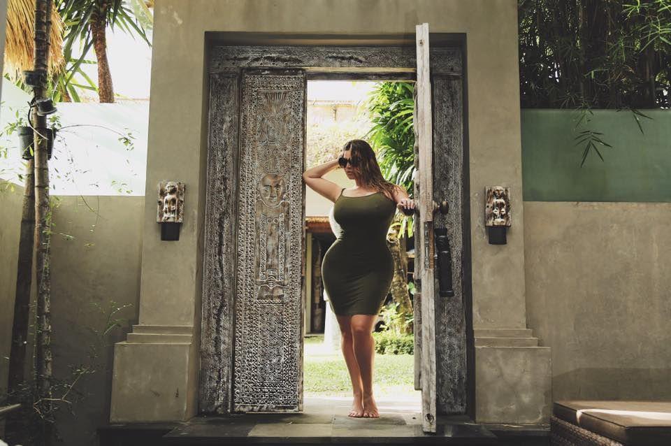 Plus Size Modeling Size Ashley Alexiss