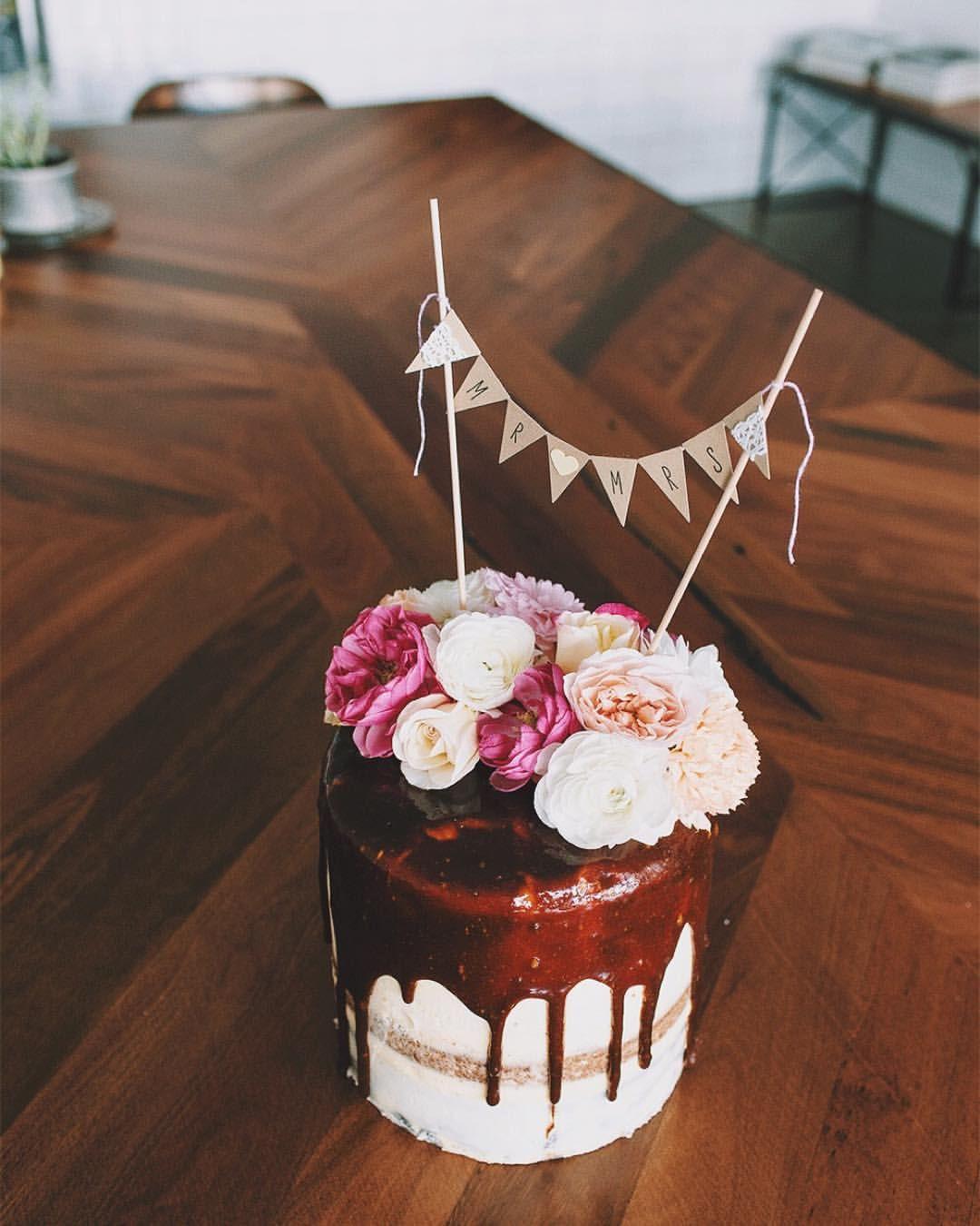 One of three wedding cakes on this fine sunday u layers of