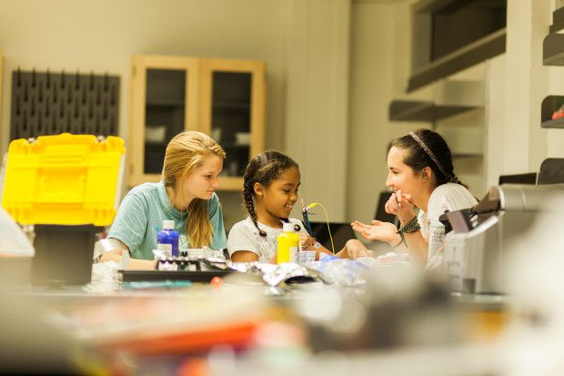 Electric Girls: Shaping Role Models in Tech | Indiegogo