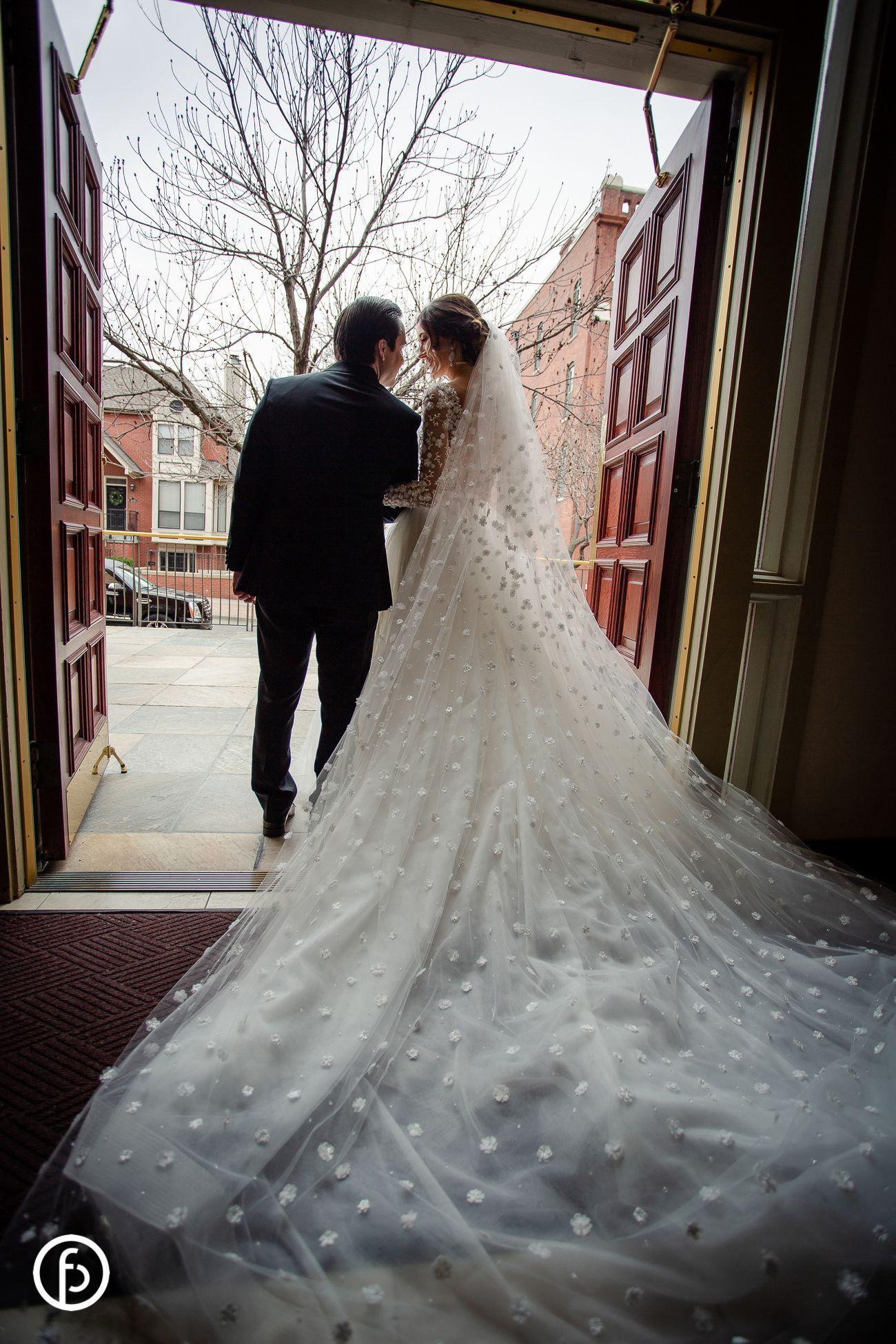 kansas city wedding, long train dress, long veil