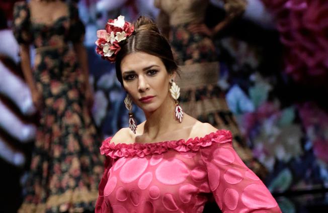Bonito y cómodo peinados de feria 2021 Galeria De Cortes De Pelo Tendencias - Inspírate con estos peinados para la Feria de Abril 2019 ...