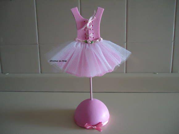 4194ccc327f Lindo vestidinho de bailarina. Feito em e.v.a. com brilho