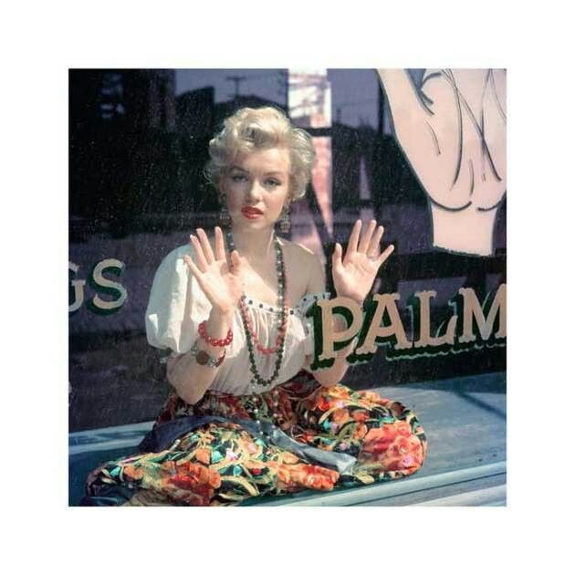 Marilyn in a palm reader's shop.