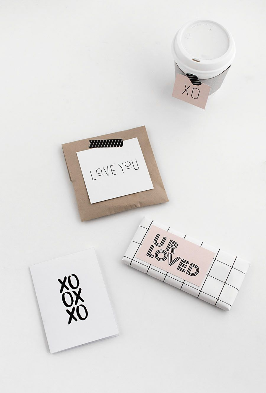 Modern valentines day cards and gift tags- free download.