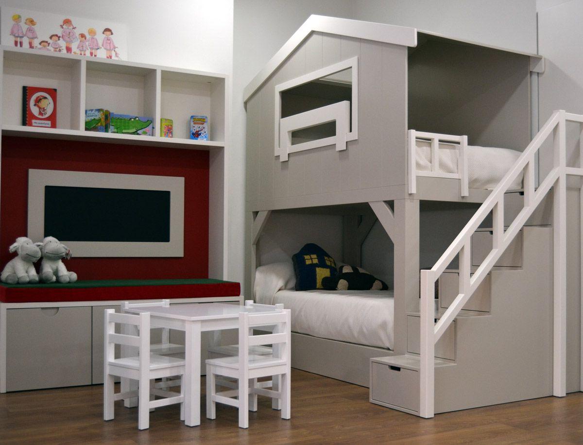 El dormitorio infantil casita granero dispone de dos camas - Literas para bebes ...