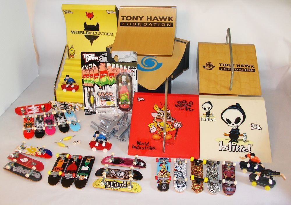 Tech Deck Ramp & Fingerboard Lot Tony Hawk Blind Flip