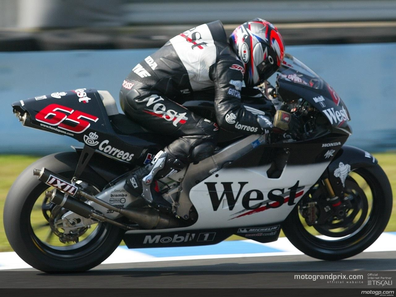 When i first got into motogp this was my favourite bike mostly in fact