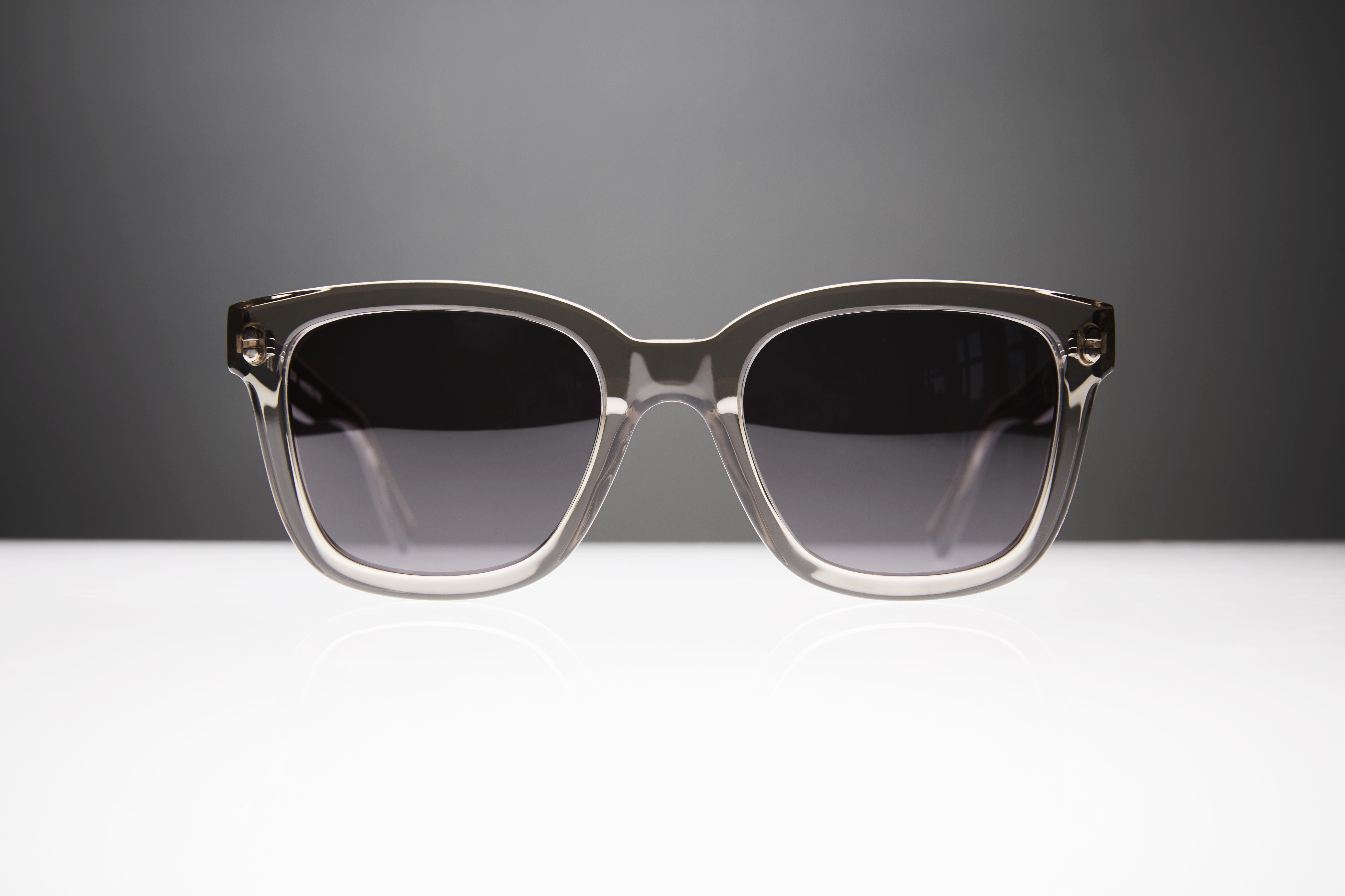 f3c0c084795 THE NOTORIOUS - More on www.shopviu.com   VIU Sunglasses in 2019 ...