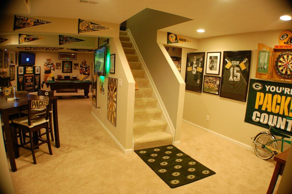 Packer Man Cave Signs : Packers man cave caves and