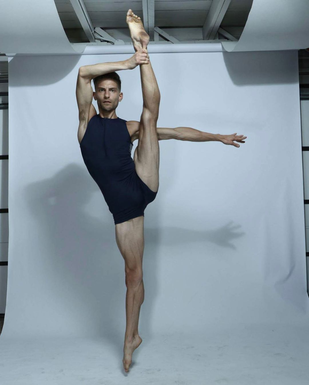 A One Stop Recource For Dance Community Including Tips For Finding The Perfect Studio For You Interviews Wit Performance Art Performing Arts Center Dance News