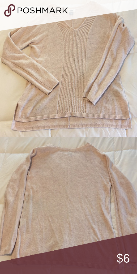 780bc857d3 Old Navy Sweater Light pink sweater in good condition. Old Navy Sweaters  V-Necks