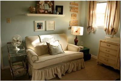 loving this vintage baby room