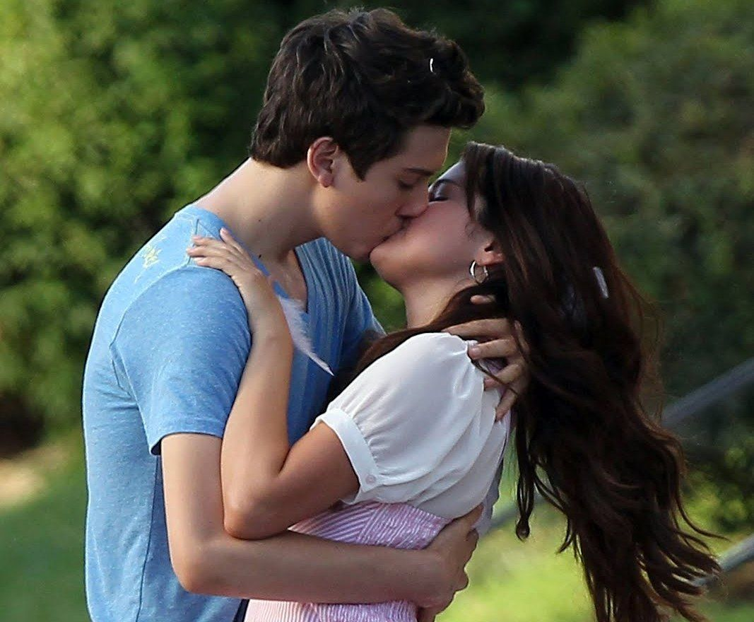 kissing pictures hd - Google Search | Cute couples kissing ...