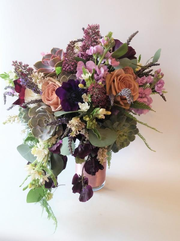Minneapolis Flowers Spring Florist Roses Wedding Succulent Florist Near Me Bouquet Eucalyptus Flower Shop In 2020 Peach Roses Purple Flowers Spring Flowers