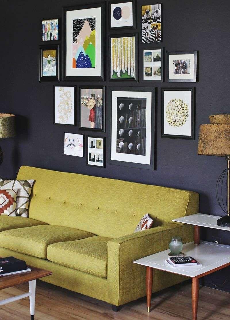 Pareti Con Cornici Diverse disporre i quadri sopra un divano (con immagini) | gallerie