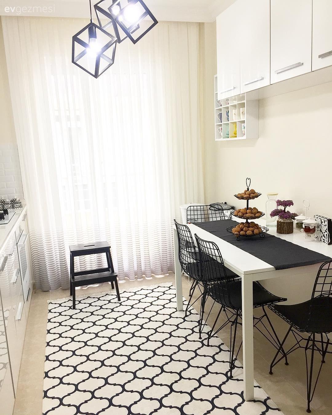 Bu Dubleks Evde Estetik Kadar Kullanışlılık da Ön Planda.