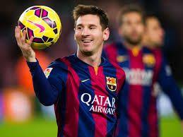 Messi tiene veintinueve años.