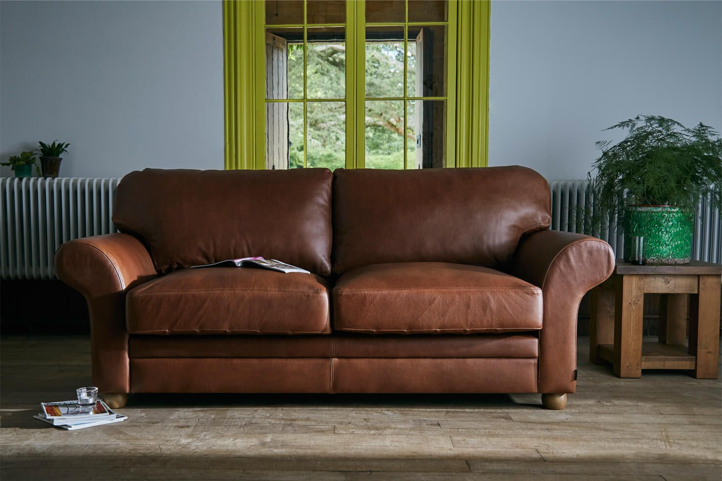 Terrific The Curved Arm Leather Sofa Sofas In 2019 Brown Leather Machost Co Dining Chair Design Ideas Machostcouk