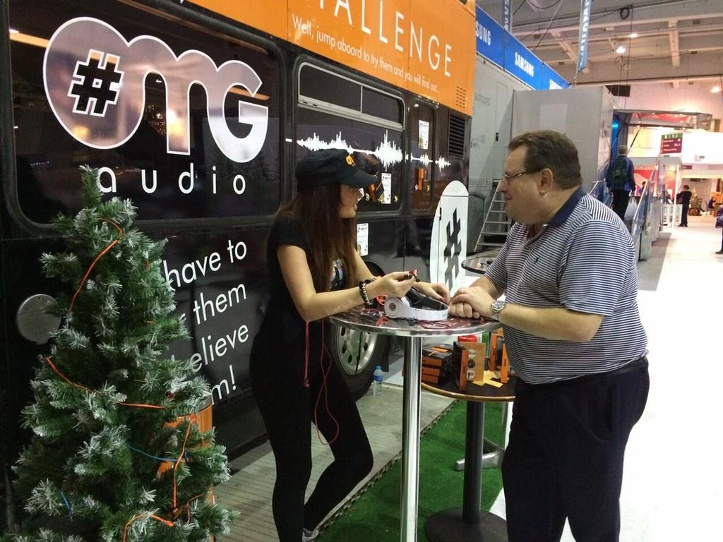 Promotional Models Job Gallery 2017 Ideal home show