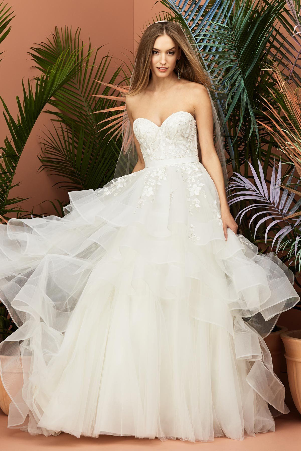 Find This Wedding Dress And More At Janene S Bridal Boutique Located In Alameda Ca Contact Us At 51 Wedding Dresses Wtoo Wedding Dress Watters Wedding Dress