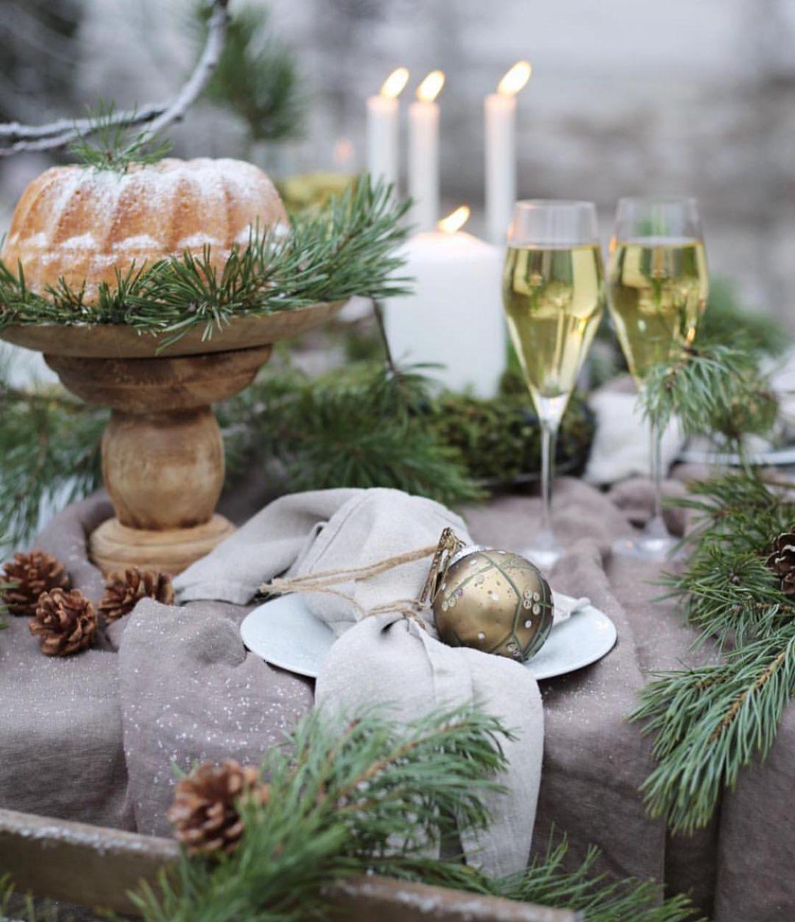 Tafeldekken Met Kerst Kerstdecoratie Kersttrends Christmas Decoratie Ideas Jul Weihnachten Ideen Weihnachts Kerst Woonkamers Kerstversiering Kersthuis