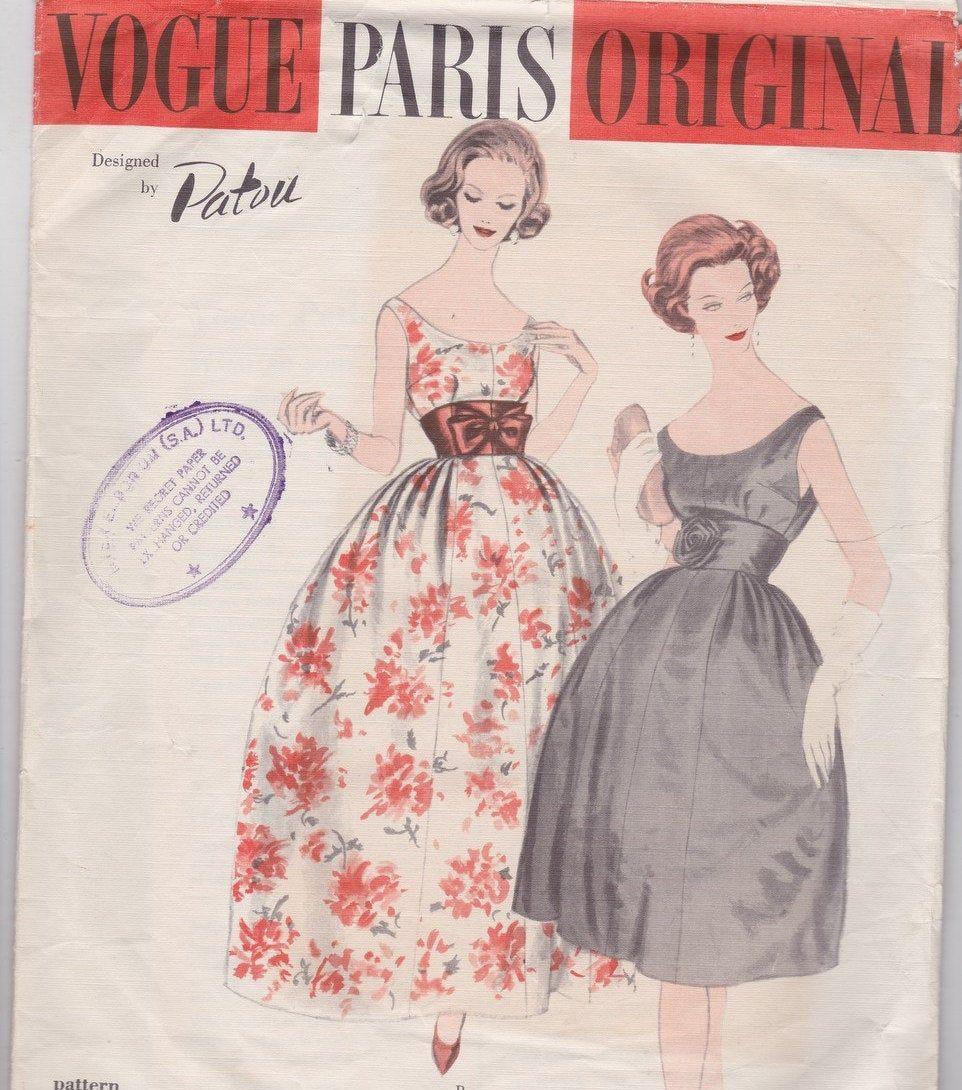 1349 1954 Vintage VOGUE Sewing Pattern B36 DRESS