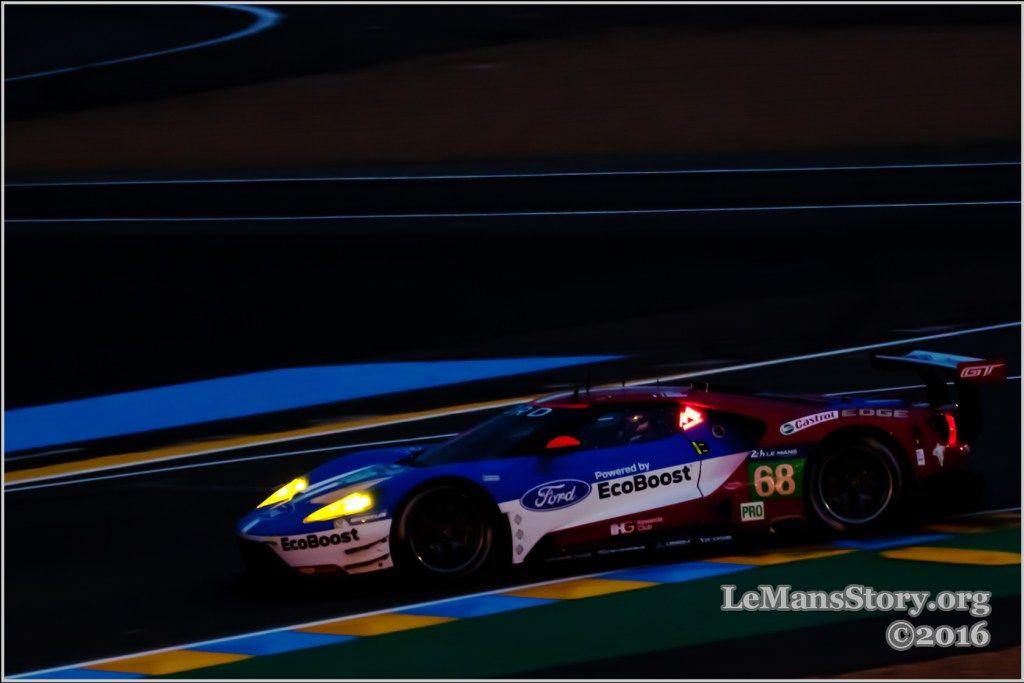 Le Mans 2016 Night Of Magic Powerful Racing Cars Photos Le Mans Car Photos Ford Gt