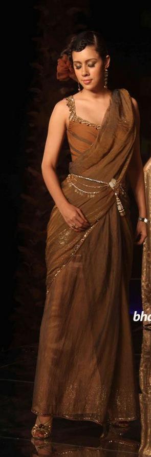 Tarun Tahiliani at Amby Valley India Bridal Week 2011