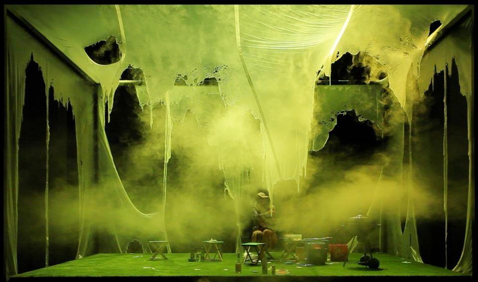City Theatre MGL, Ljubljana 2013 Writer: Anja Hilling Director: Ivica Buljan Scenography: Numen + Ivana Jonke